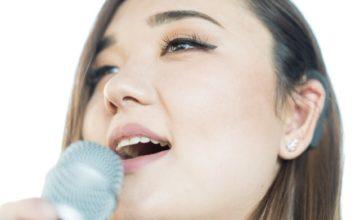 aigerim-singing_quer-lowres-640x427